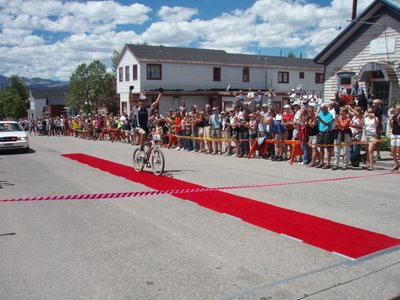 Dave Wiens Wins Leadville 100 in Record Time